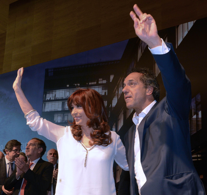 Cristina_y_Scioli_en_el_acto